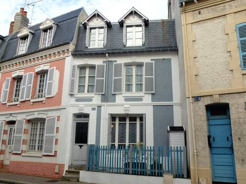 Holiday Home Hautpoul : Guest accommodation near Trouville-sur-Mer