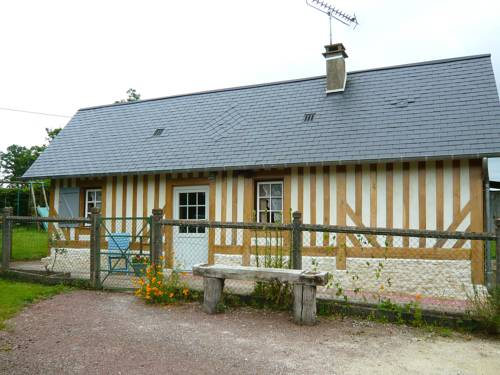 Holiday Home Au cœur des Pommiers : Guest accommodation near Rumesnil
