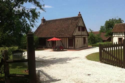 Maison De Vacances - St Maurice Sur Aveyron 1 : Guest accommodation near Dammarie-sur-Loing