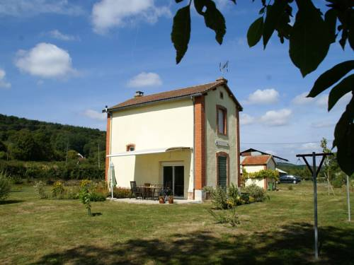 Maison De Vacances - Crux-La-Ville : Guest accommodation near Giry