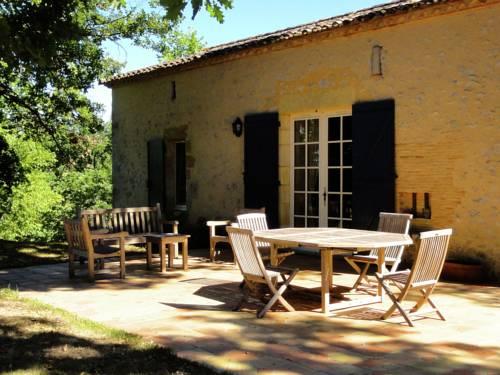La Bruyère Haute La Petite Maison : Guest accommodation near Saint-Étienne-de-Villeréal