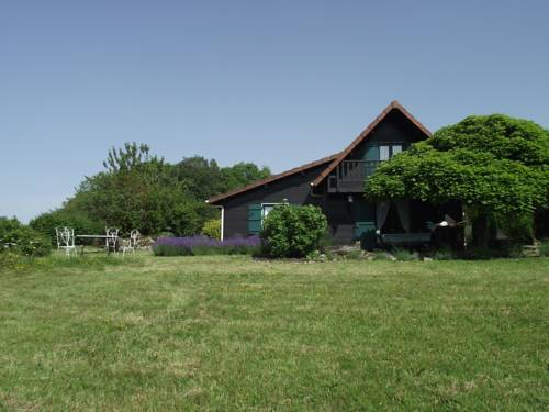 Maison Dettey : Guest accommodation near Étang-sur-Arroux