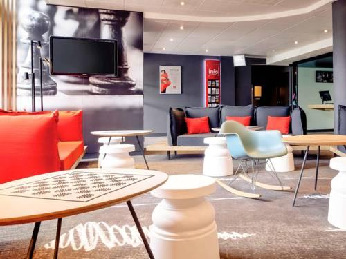 ibis Lyon Bron Eurexpo : Hotel near Vénissieux