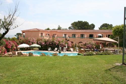 Les Pins Blancs : Hotel near La Motte