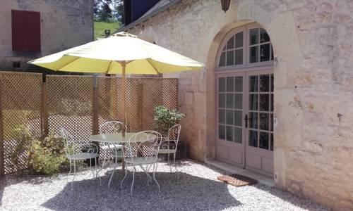 Le Manoir de Mouney : Guest accommodation near Aubas