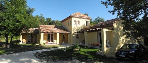 Chambres d'hotes de Jaumarie : Guest accommodation near Neuvic