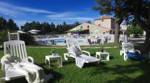 VVF Villages Lagrand : Guest accommodation near Étoile-Saint-Cyrice