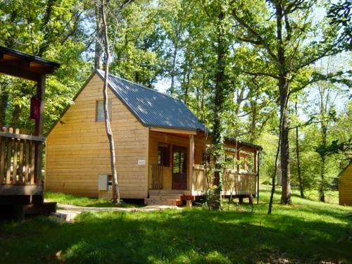 Maisons de Vacances Castelwood : Guest accommodation near Vergt-de-Biron