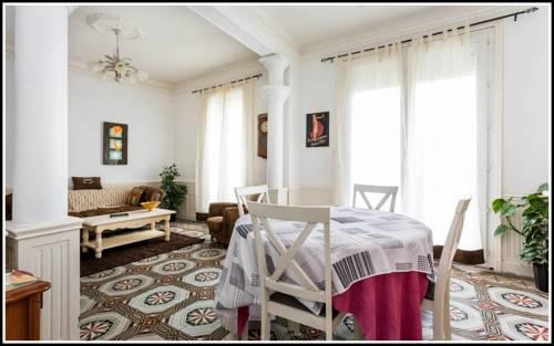 Béziers Apart Art Déco : Apartment near Béziers