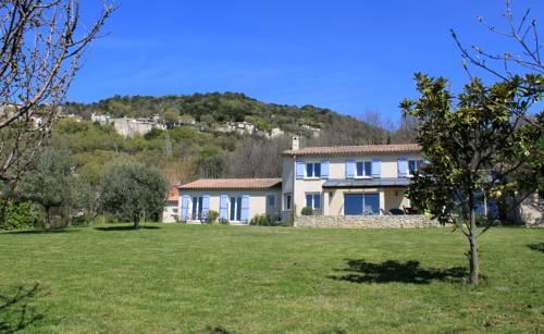 Votre bastide provençale : emplacement magique : Guest accommodation near Rochemaure