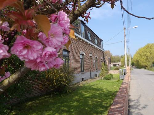 Aux Herbes Hautes : Guest accommodation near Fromelles