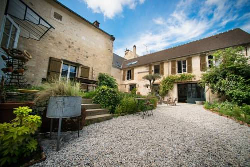 Il Etait Une Fois : Bed and Breakfast near Montigny-Lengrain