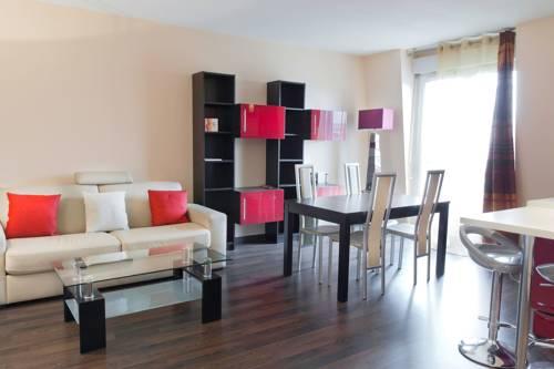La fontaine Rouge : Apartment near Ferrières-en-Brie