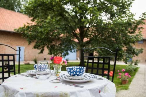 La Ferme du tilleul : Bed and Breakfast near Calonne-sur-la-Lys