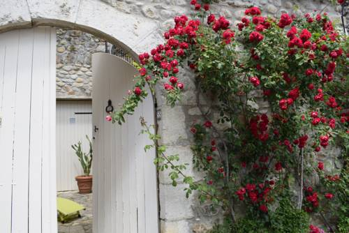 Appartement/terrasse bord-Ardèche : Apartment near Rochecolombe