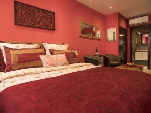 Suites Coronell d'En Vila : Guest accommodation near Perpignan