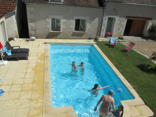 Chambres d'Hotes B&B Le Clos du Vieux Chene : Bed and Breakfast near Clion