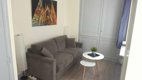 RouenAppartHotel : Apartment near Rouen