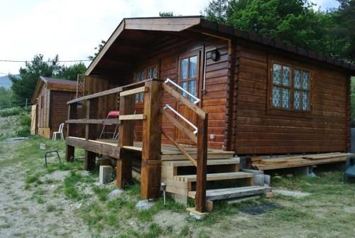 Camping à la Ferme de Bourras : Guest accommodation near Blieux