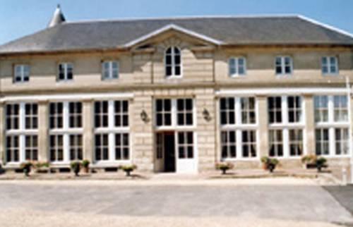 L'Orangerie de Raray : Hotel near Saint-Sauveur