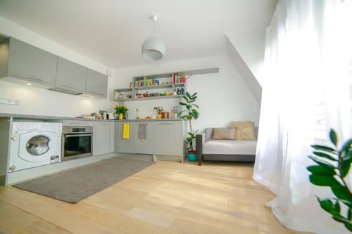 Coq Français : Apartment near Les Lilas