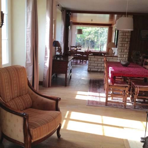 La grande maison de Carrouges : Guest accommodation near Chahains