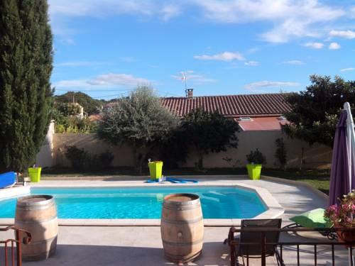 Villa Rue du 19 Mars 1962 : Guest accommodation near Théziers