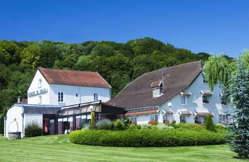 auberge le relais : Hotel near Crézancy