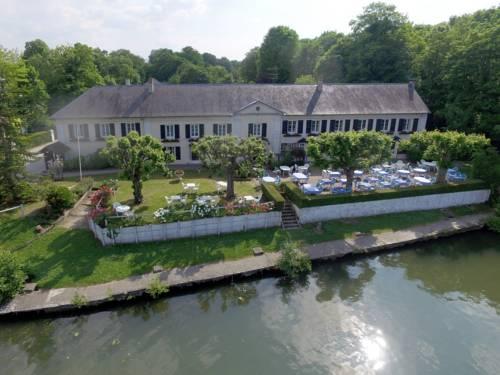 Hostellerie de Pavillon Saint-Hubert : Hotel near Crouy-en-Thelle