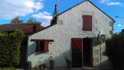 Les altheas d'Isa : Guest accommodation near Varennes-Vauzelles
