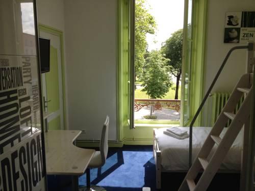 Hotel Couleurs Sud : Hotel near Nouzonville