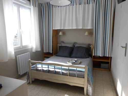 Chez Marie-Jeanne et Jose : Apartment near Combles