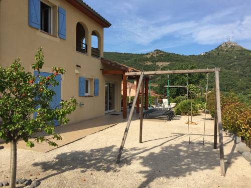 Villa Vallon Pont d'Arc : Guest accommodation near Sampzon