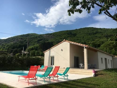 Villa 2 - Thueyts : Guest accommodation near Thueyts