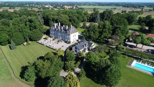 Château d'Ygrande - les Collectionneurs : Hotel near Tortezais