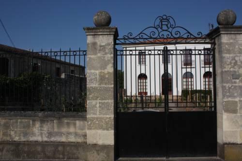 Hotel Saint Vivien De Medoc