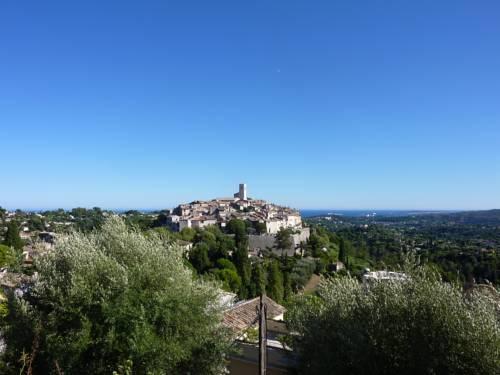 la maison aux bonsais : Guest accommodation near Saint-Paul