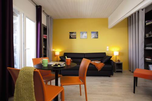 Belambra Clubs Superbesse - Le Chambourguet - Half Board : Guest accommodation near Saint-Donat