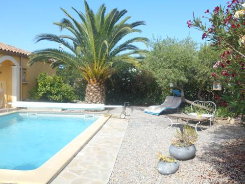 la dominicaine : Guest accommodation near Fos