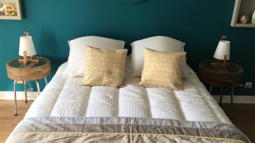 CHAMBRE SCANDY B&B : Bed and Breakfast near Cangey