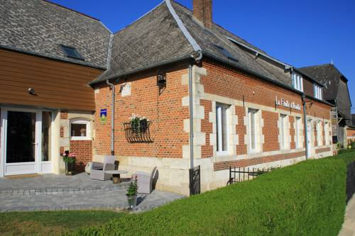 La Feuille d' Acanthe : Bed and Breakfast near Auge