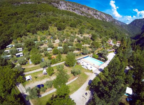 Camping Domaine Sainte Madeleine : Guest accommodation near Moulinet