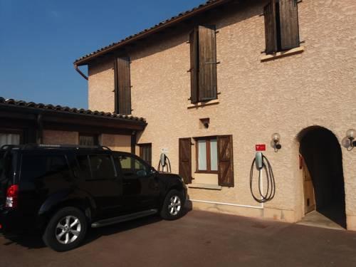 Logis Hotel Le Relais Des Dix Crus : Hotel near Saint-Didier-sur-Chalaronne