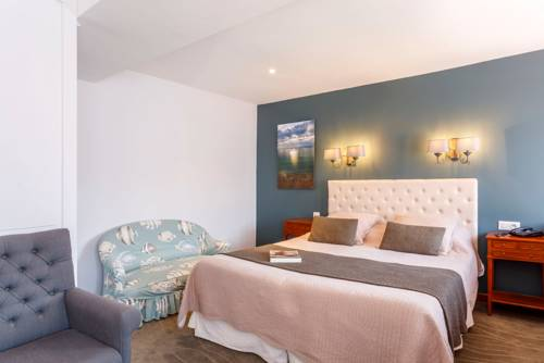 Hotel de France : Hotel near Saint-Vaast-la-Hougue