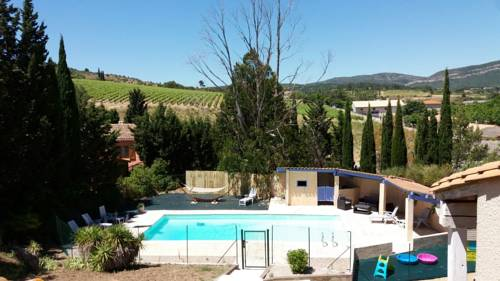 Villa avec piscine privée : Guest accommodation near Camplong-d'Aude