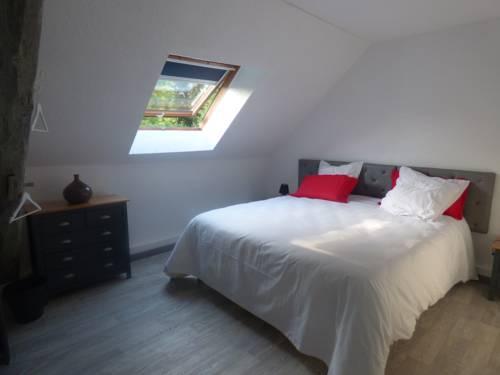 La bicoque en Puisaye : Guest accommodation near Faverelles