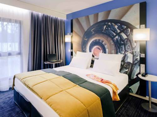 Hotel De Bourbon Grand Hotel Mercure Bourges : Hotel near Chavannes