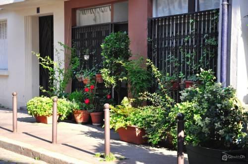 Gardenflat Buttes Chaumont : Apartment near Paris 19e Arrondissement