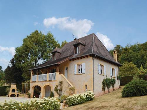 Holiday Home Le Lardin Rue De La Foret : Guest accommodation near Beauregard-de-Terrasson