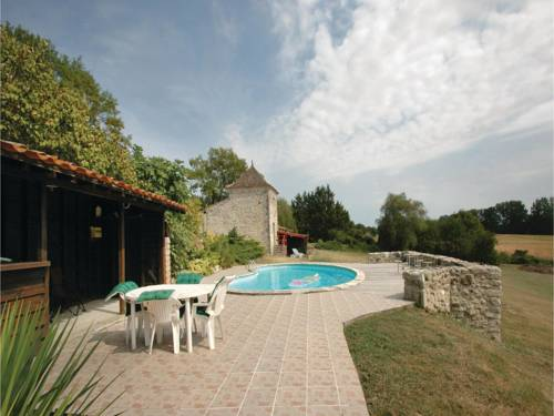 Holiday Home Eymet II : Guest accommodation near Castillonnès